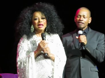 Diana Ross – The Best Years of My Life and I Will Survive (Encore – Venetian Theater, Feb 25, 2017)